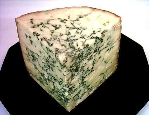 English Blue Stilton. Photo by Dominik Hundhammer